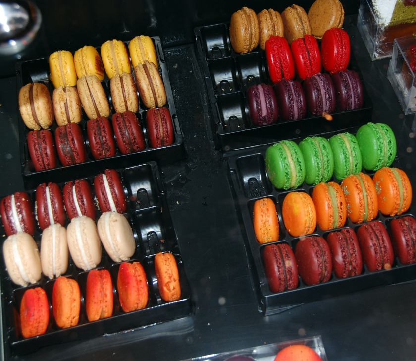 boldly colored macarons from Bubo, Barcelona, Spain