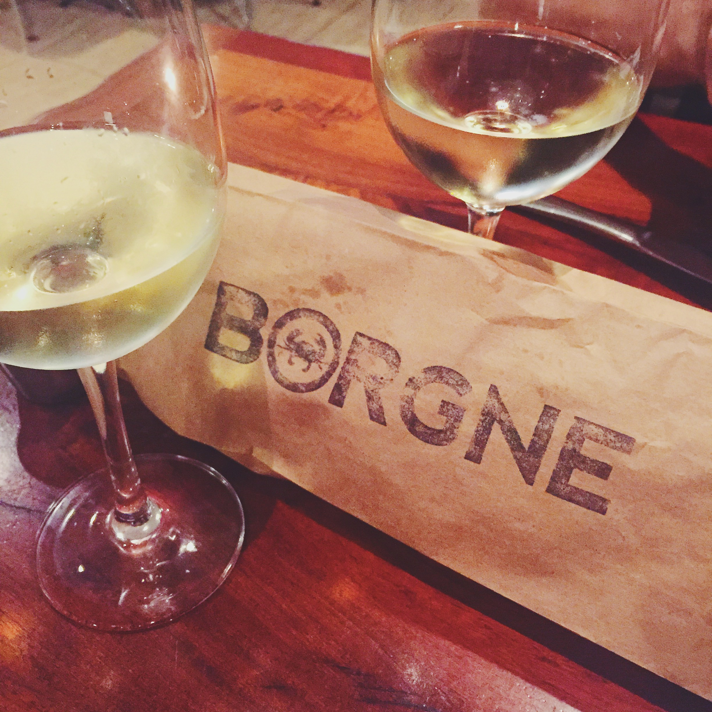 Warm bread and chilled wine at Borgne, New Orleans, La