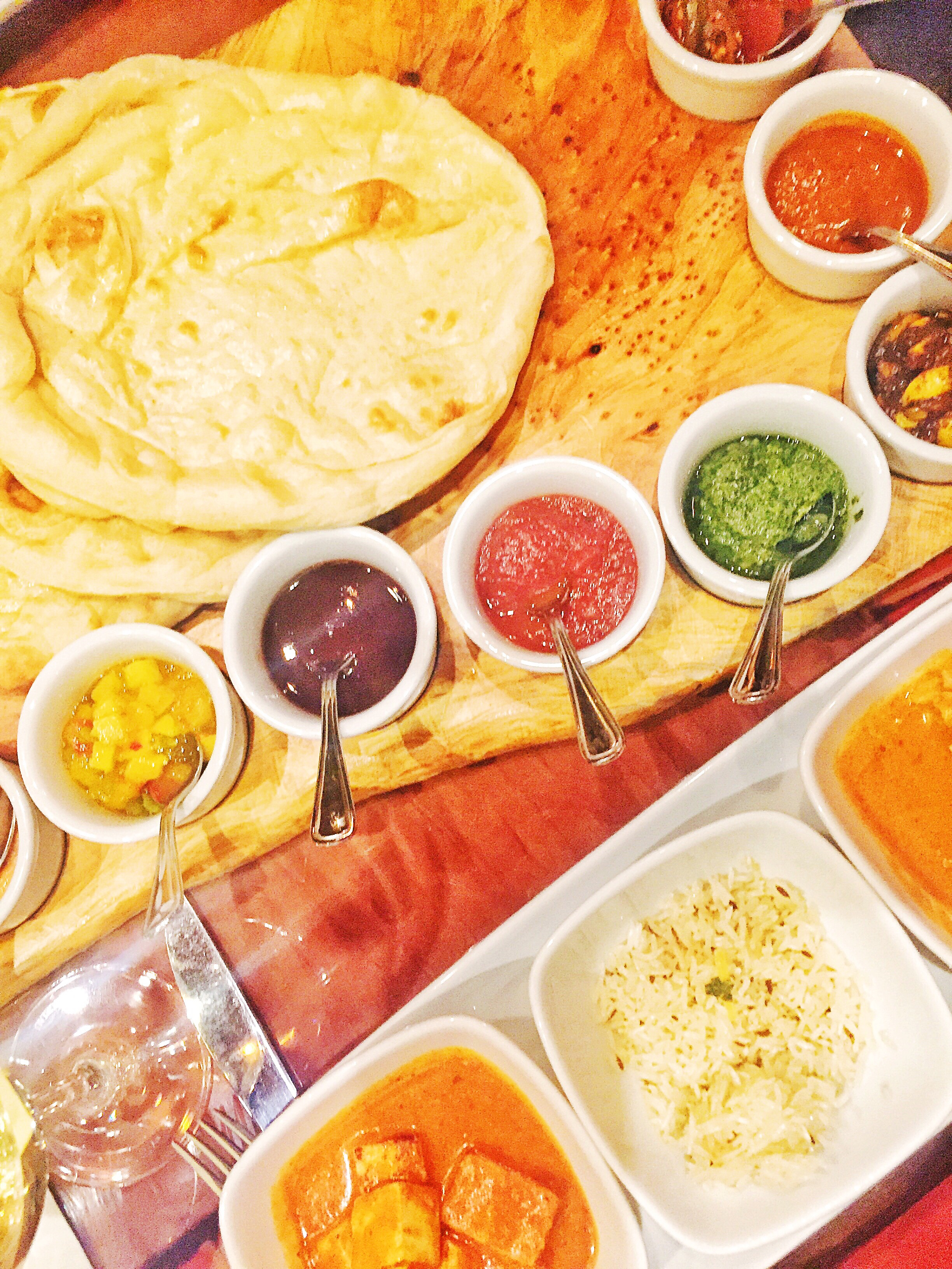 Sanaa's Indian-Style Bread Service | Rosé and Reservations